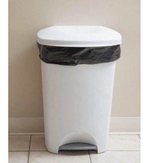 Black refuse sacks -bin